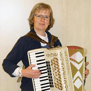 Shanty-Chor Musikerin Renate